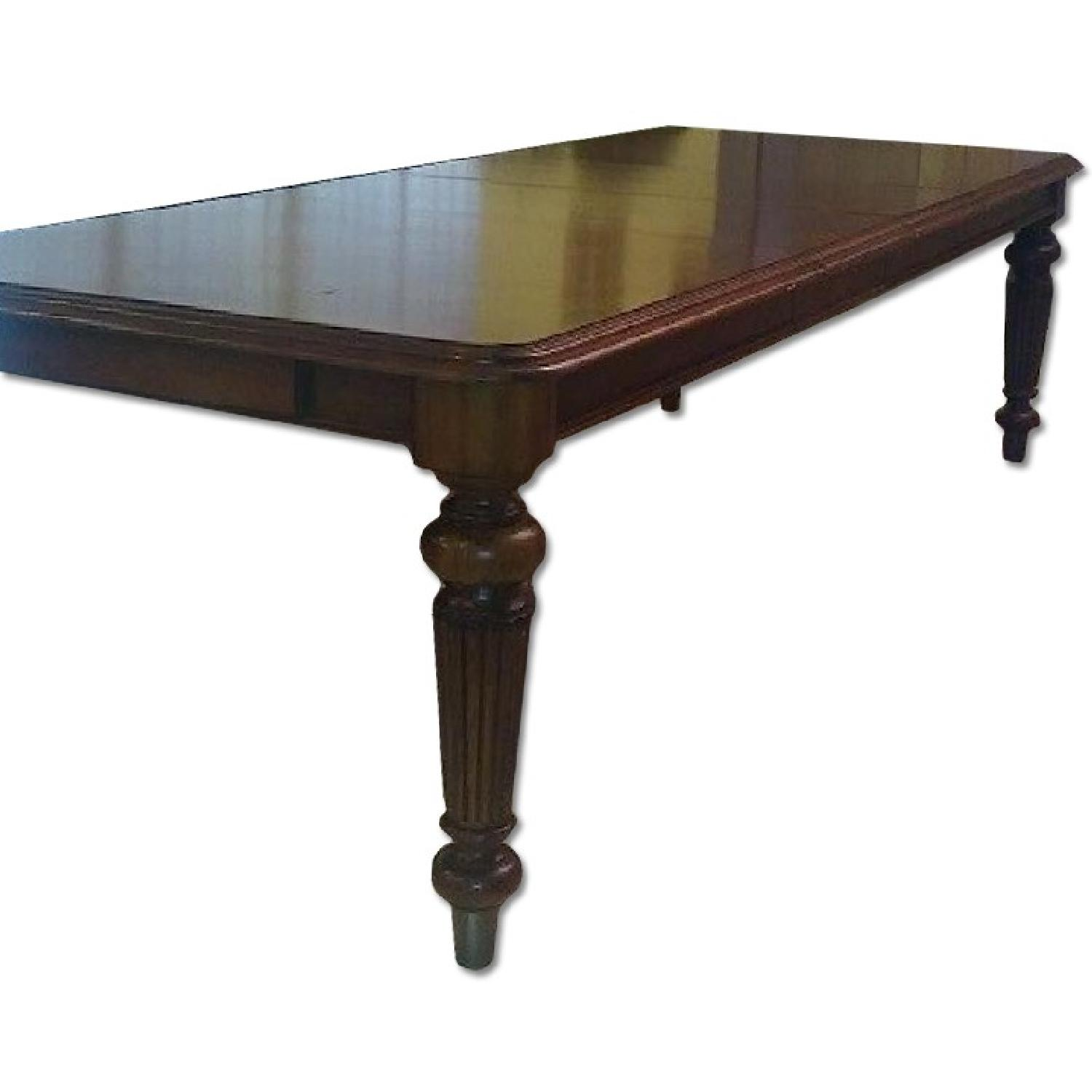 Late Colonial Rectangular Extension Dining Table