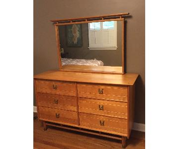 Vintage Mid-Century Maple Wood 6-Drawer Dresser w/ Mirror