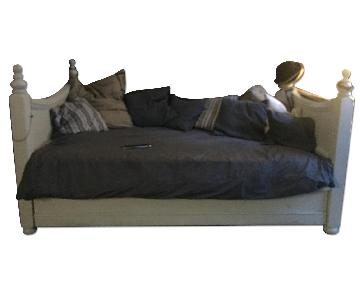 Pottery Barn Country Poster Trundle DayBed,
