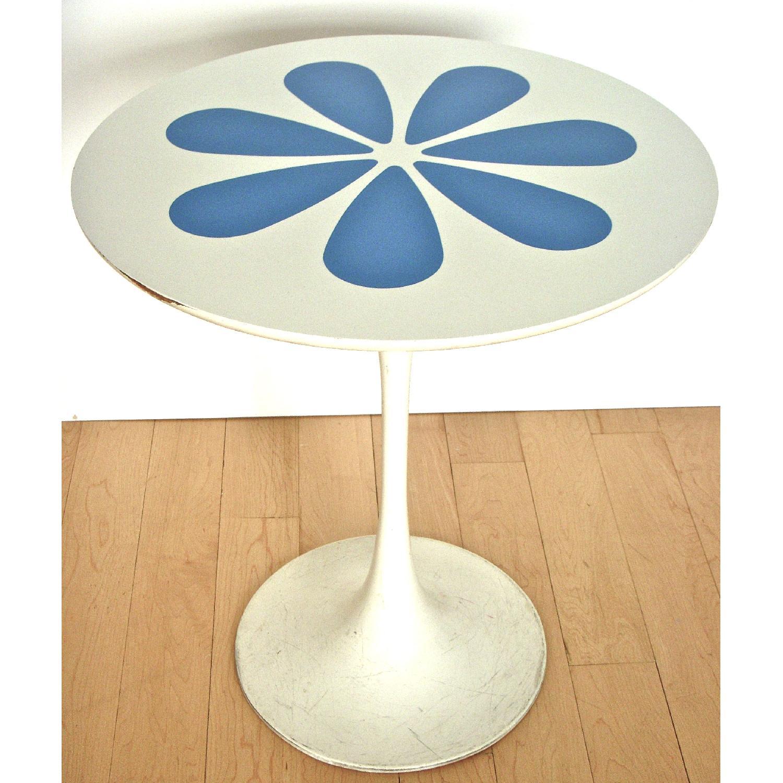 Mid Century Modern Knoll Saarinen Tulip Style Table - image-1