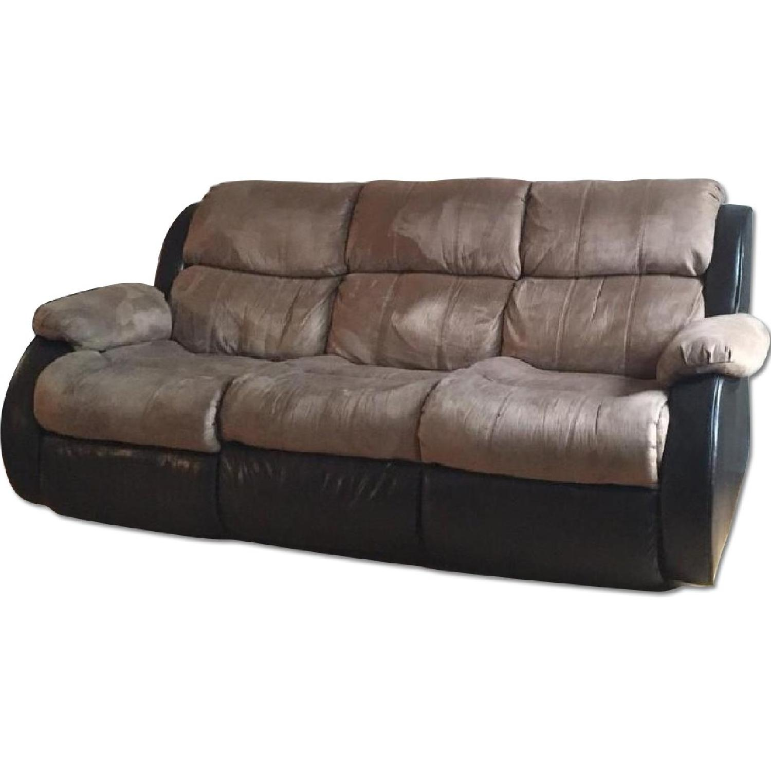 Ashley's Presley Dual Reclining Sofa in Cocoa - image-0
