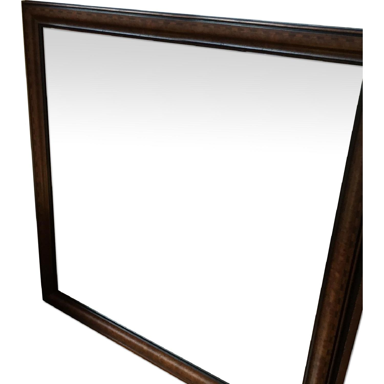 Pompanoosuc Mills Wall Mirror - image-0