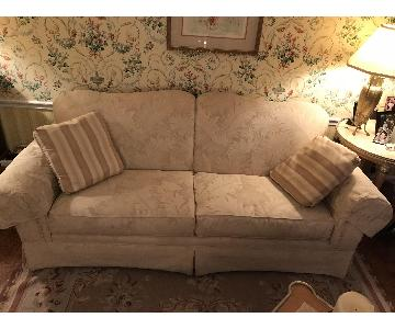 Broyhill Furniture Off White C-ouch