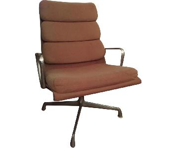 Herman Miller Vintage Eames Soft Pad Chair