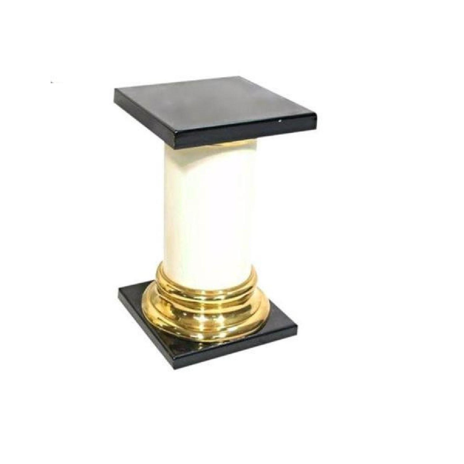 Mastercraft Lacquer Brass Pedestal Table in Black & White
