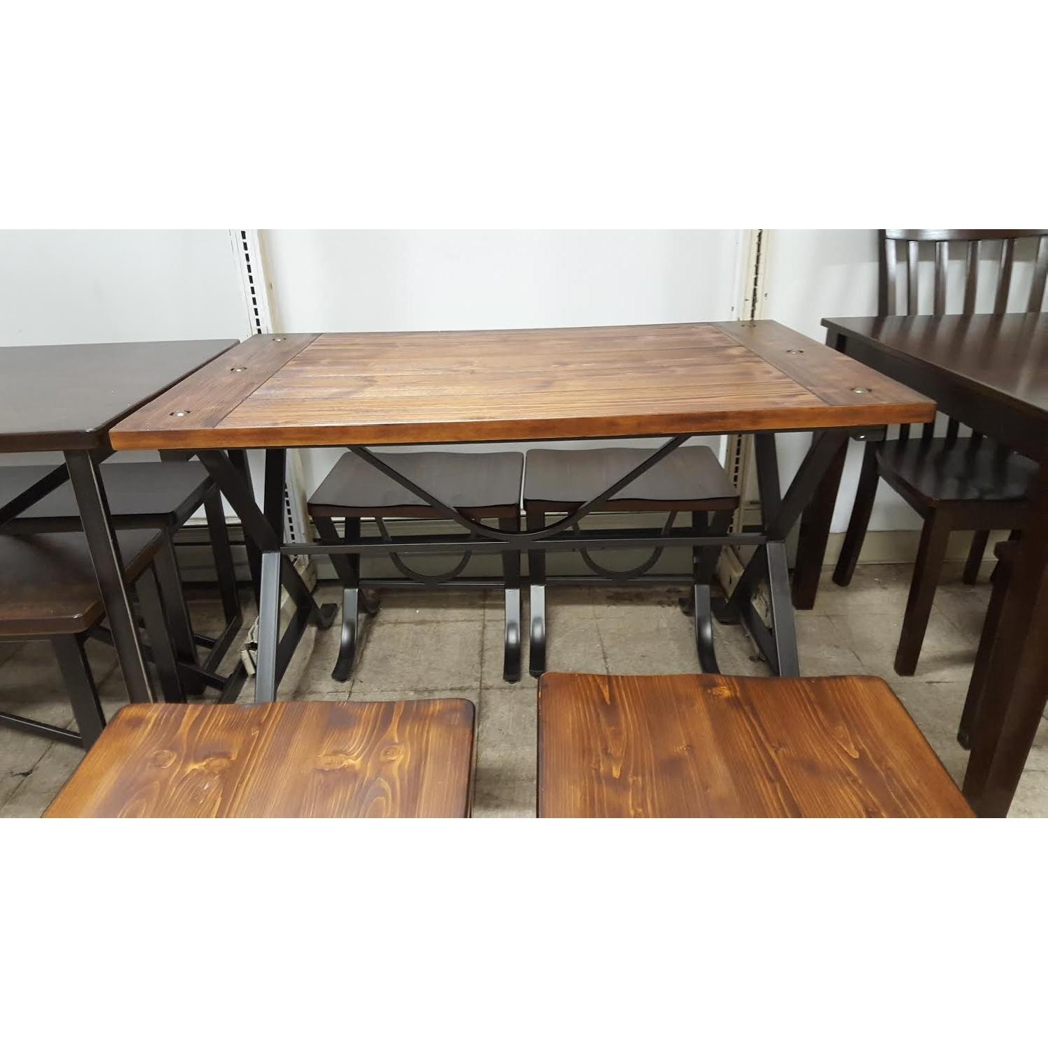Ashley's 5 Piece Dining Set - image-4