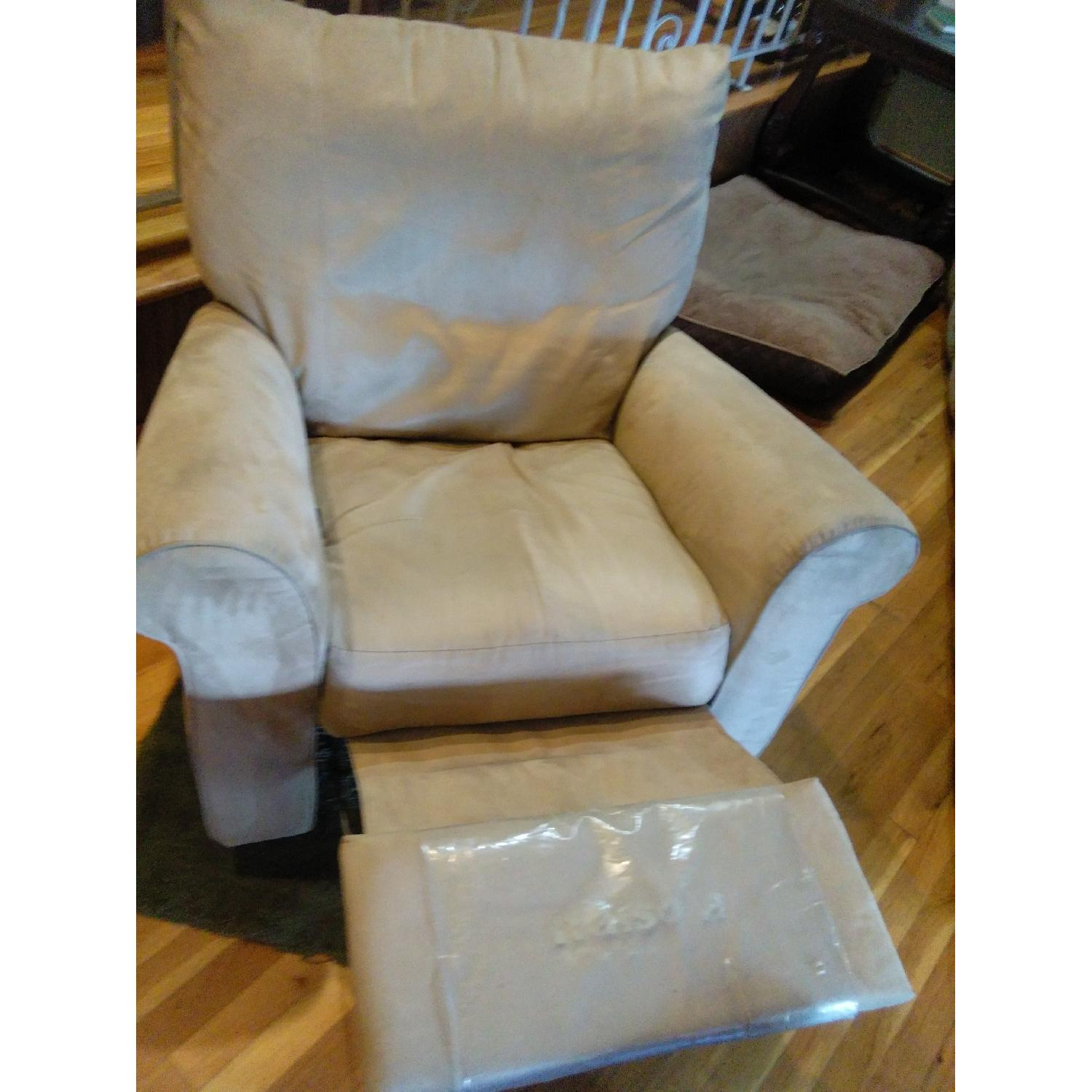 Fortunoff Reclining Chair - image-4