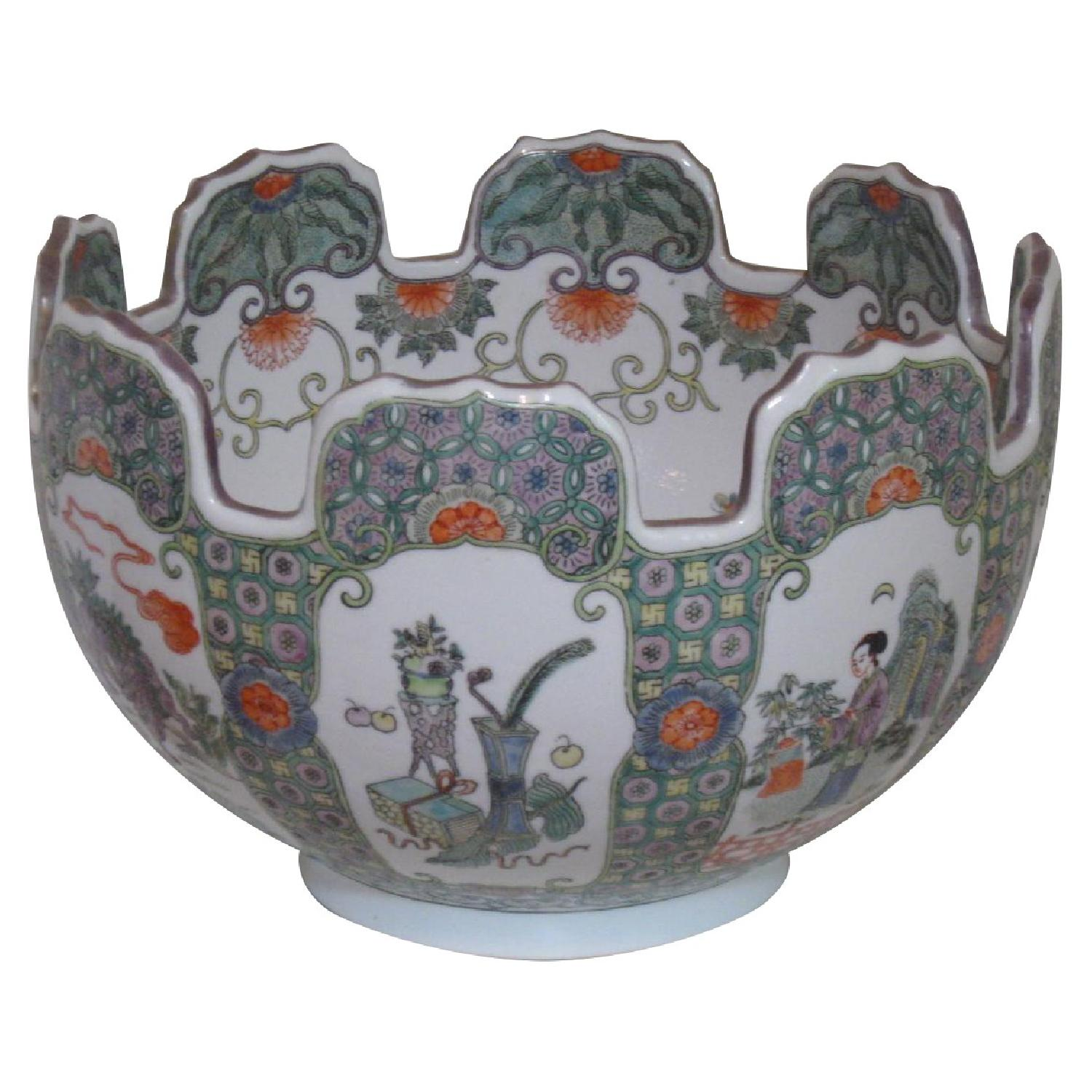 Chinese Porcelain Bowl with Scalloped Top - image-0