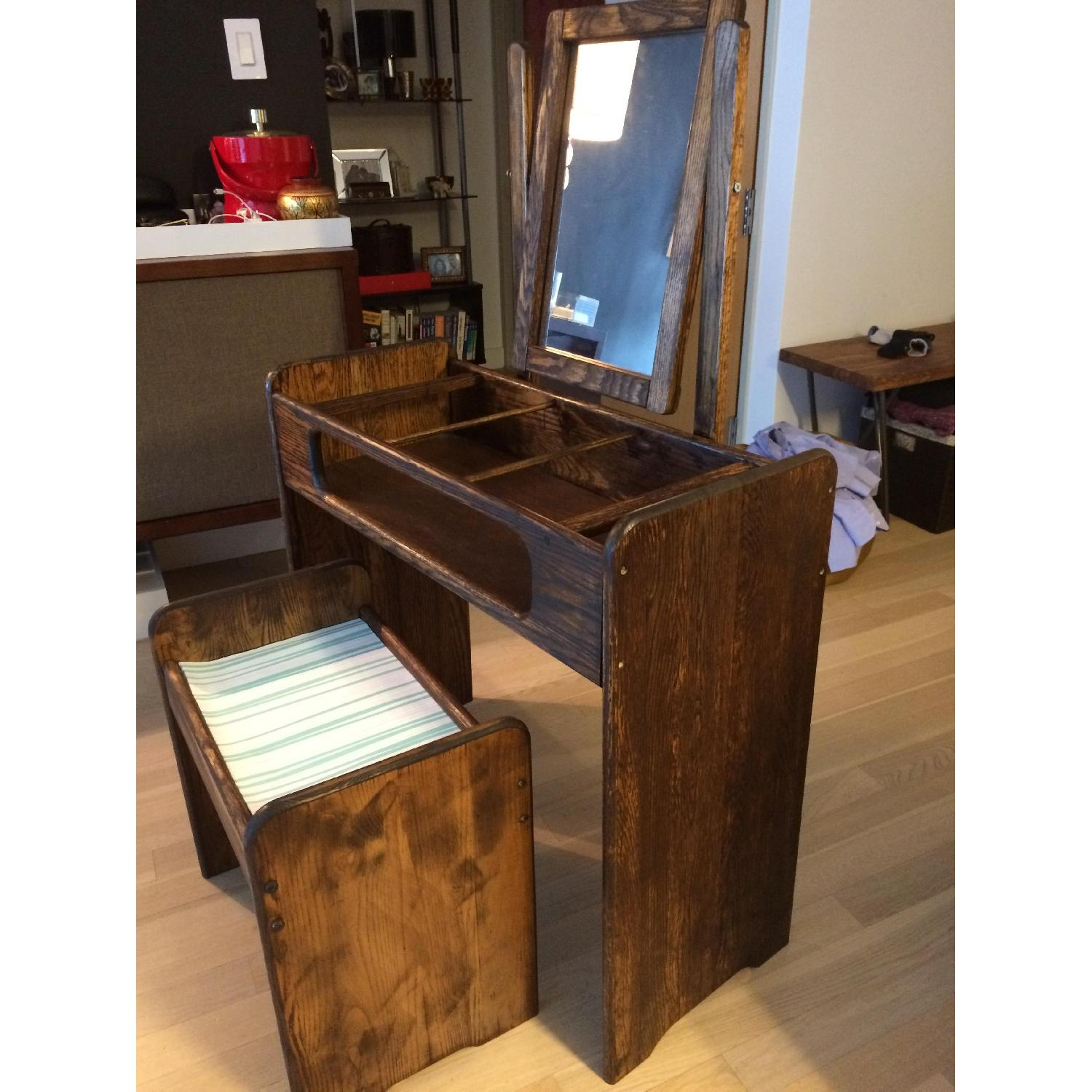 Make-Up/Vanity Table w/ Bench - image-4