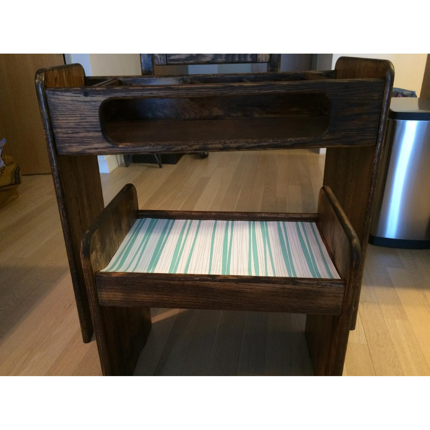 Make-Up/Vanity Table w/ Bench - image-5