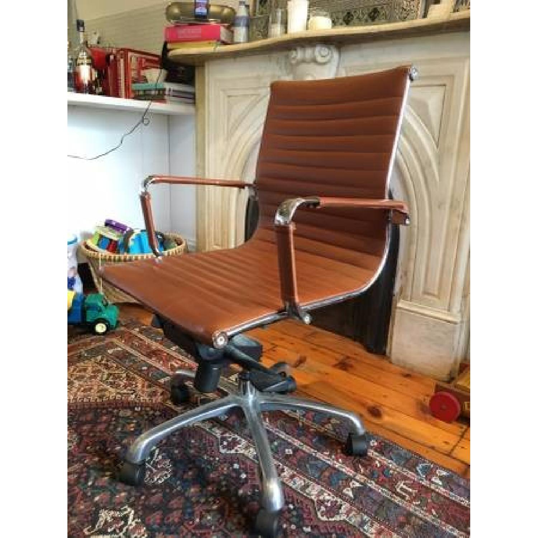 Herman Miller Replica Eames Management Desk Chair - image-2