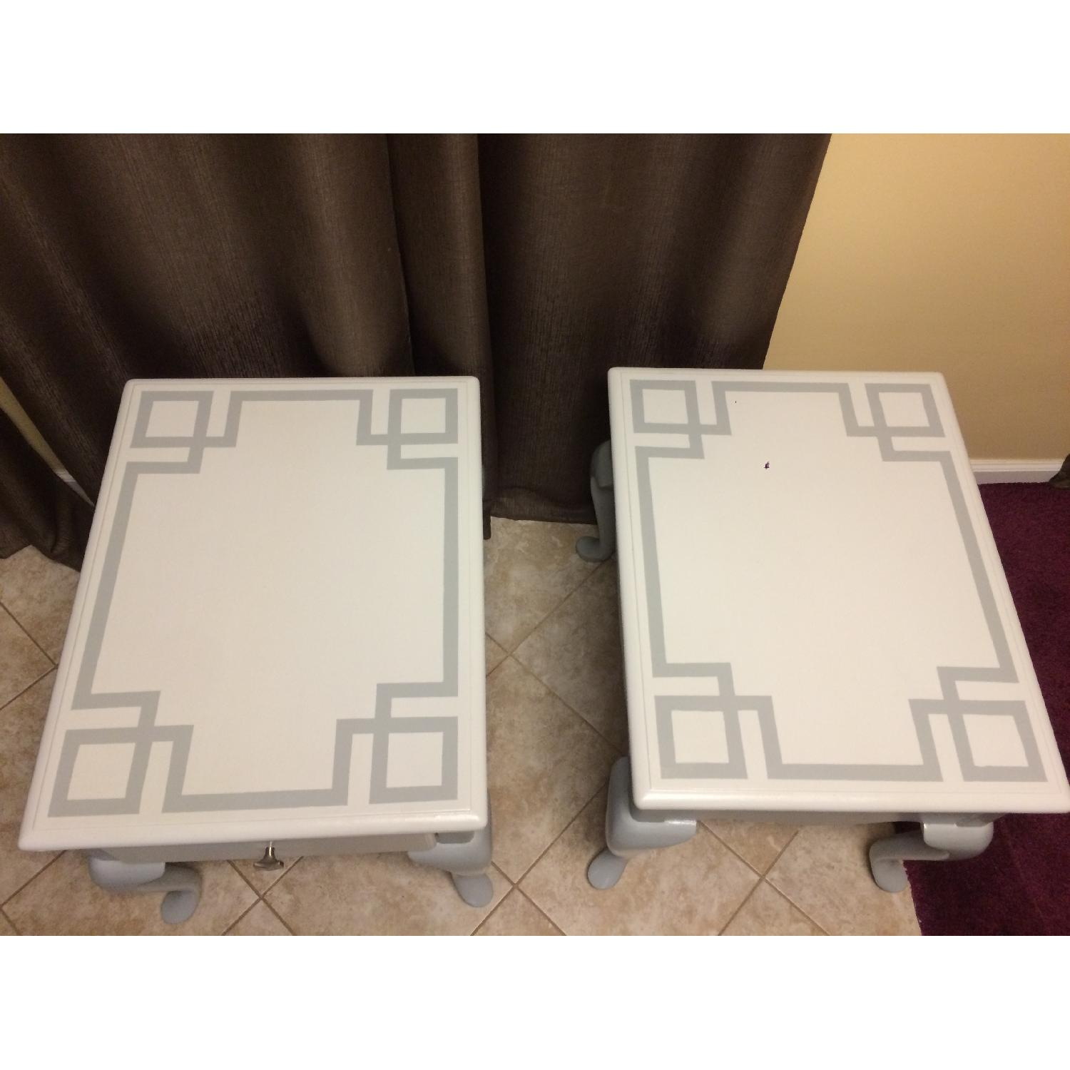 Ethan Allan Queen Anne Styled Side Tables in Gray - Pair - image-2
