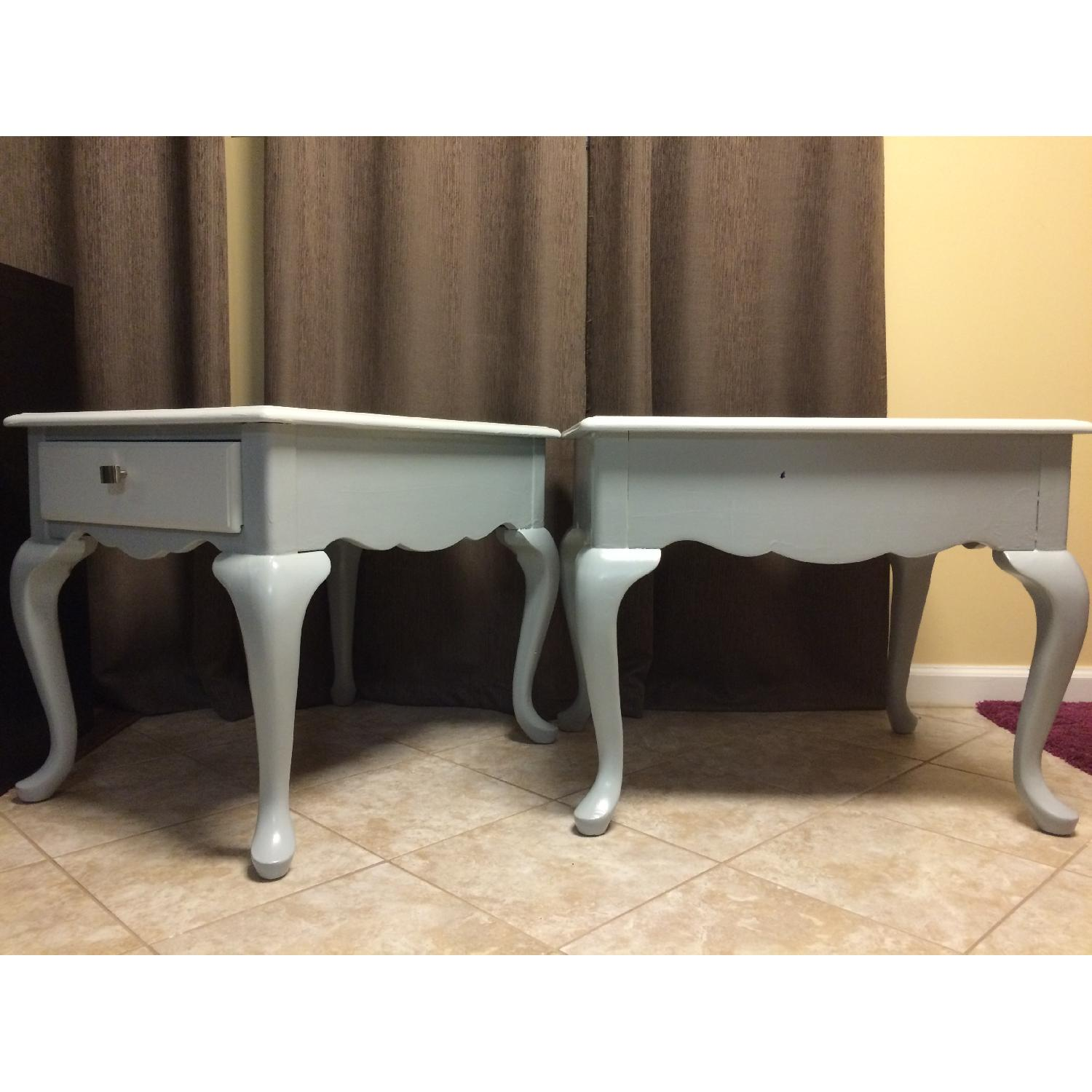 Ethan Allan Queen Anne Styled Side Tables in Gray - Pair - image-3