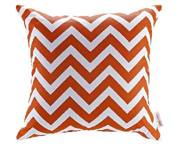 Modway Modway Outdoor Patio Pillow in Chevron