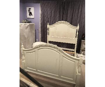 Raymour & Flanigan Full Size Bed