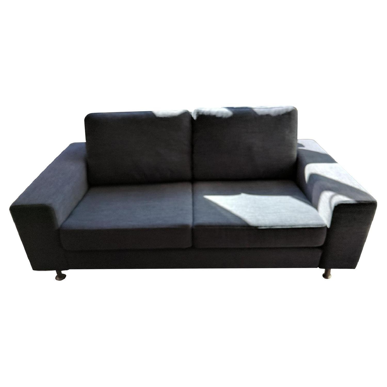 Boconcept indivi2 sofa in dark gray nani fabric aptdeco Boconcept sofa price