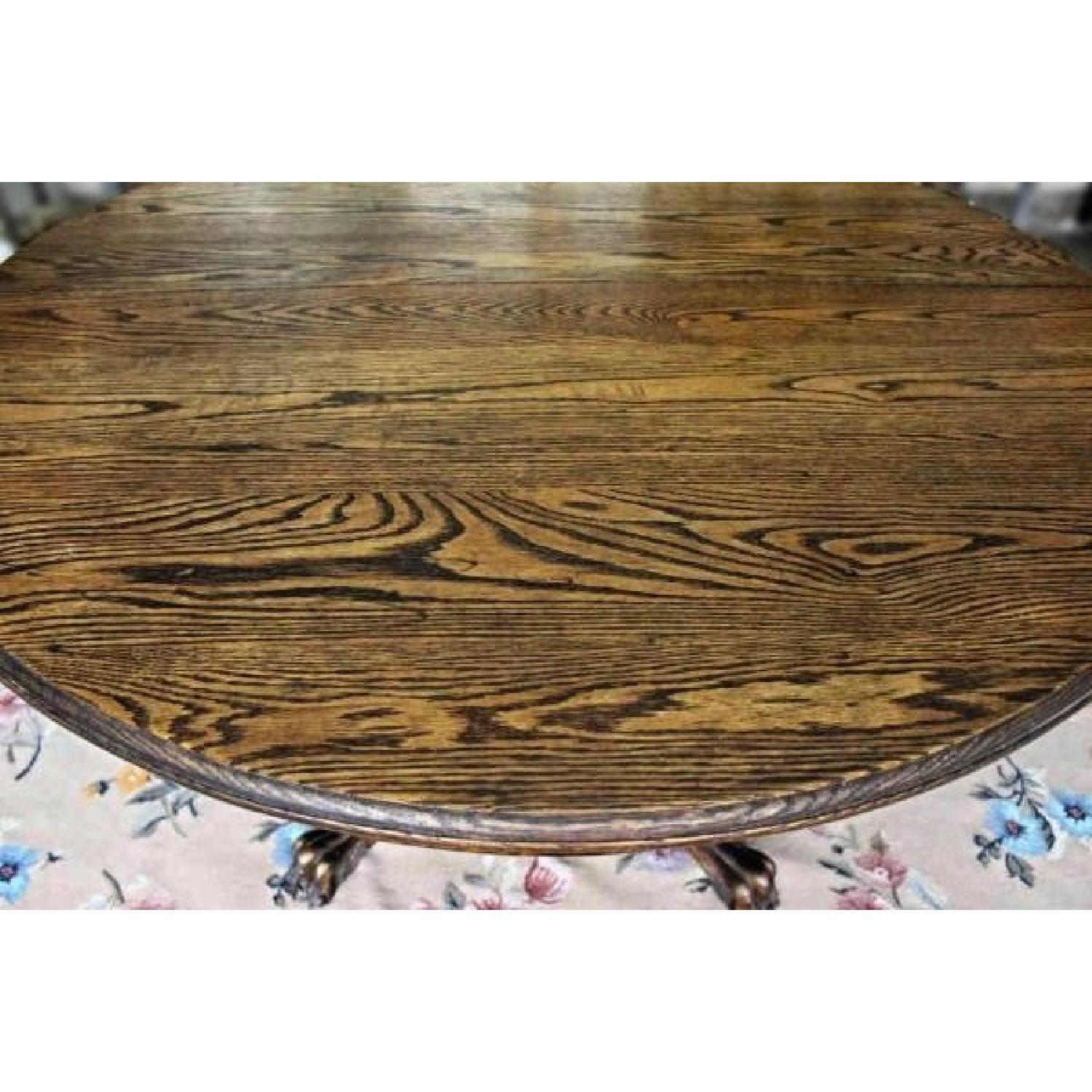 Antique Early American Oak Claw Foot Round Dining Table