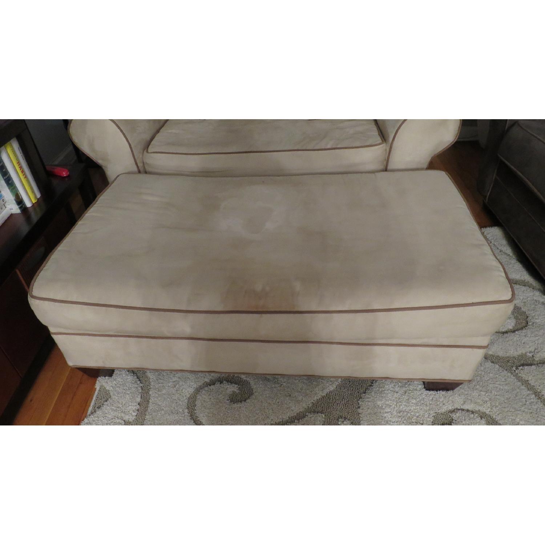 American Signature Furniture Chair and a Half & AptDeco