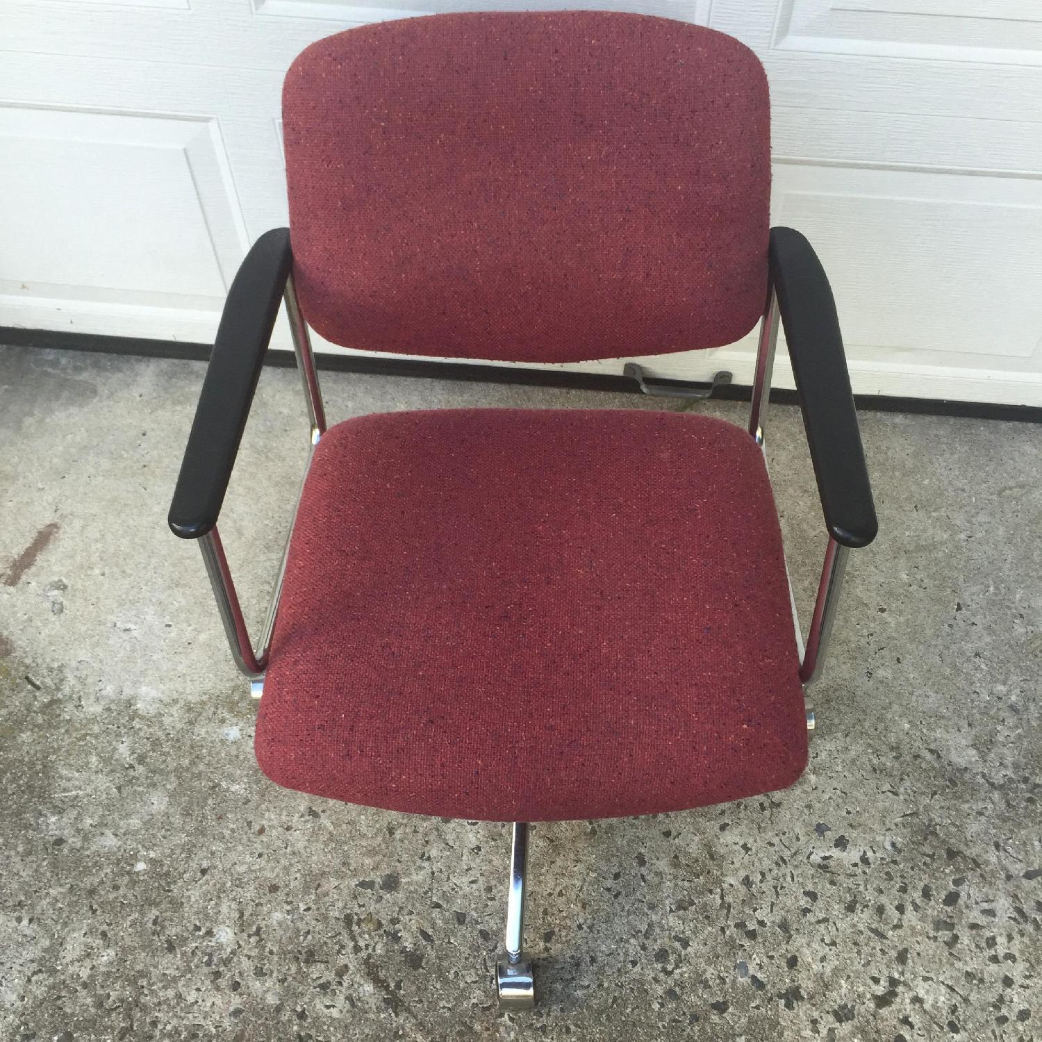HON Vintage Wheeled Office Chair - image-10