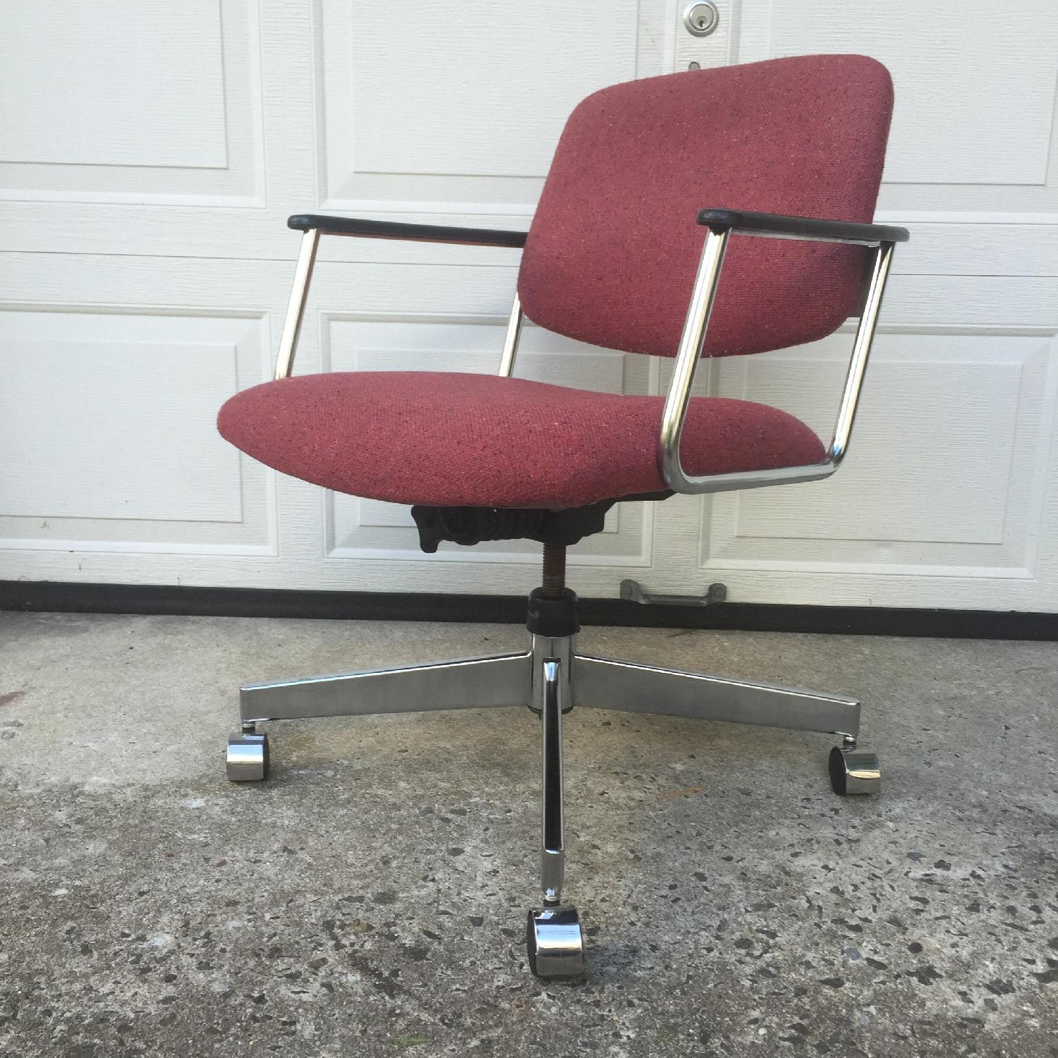 HON Vintage Wheeled Office Chair - image-12
