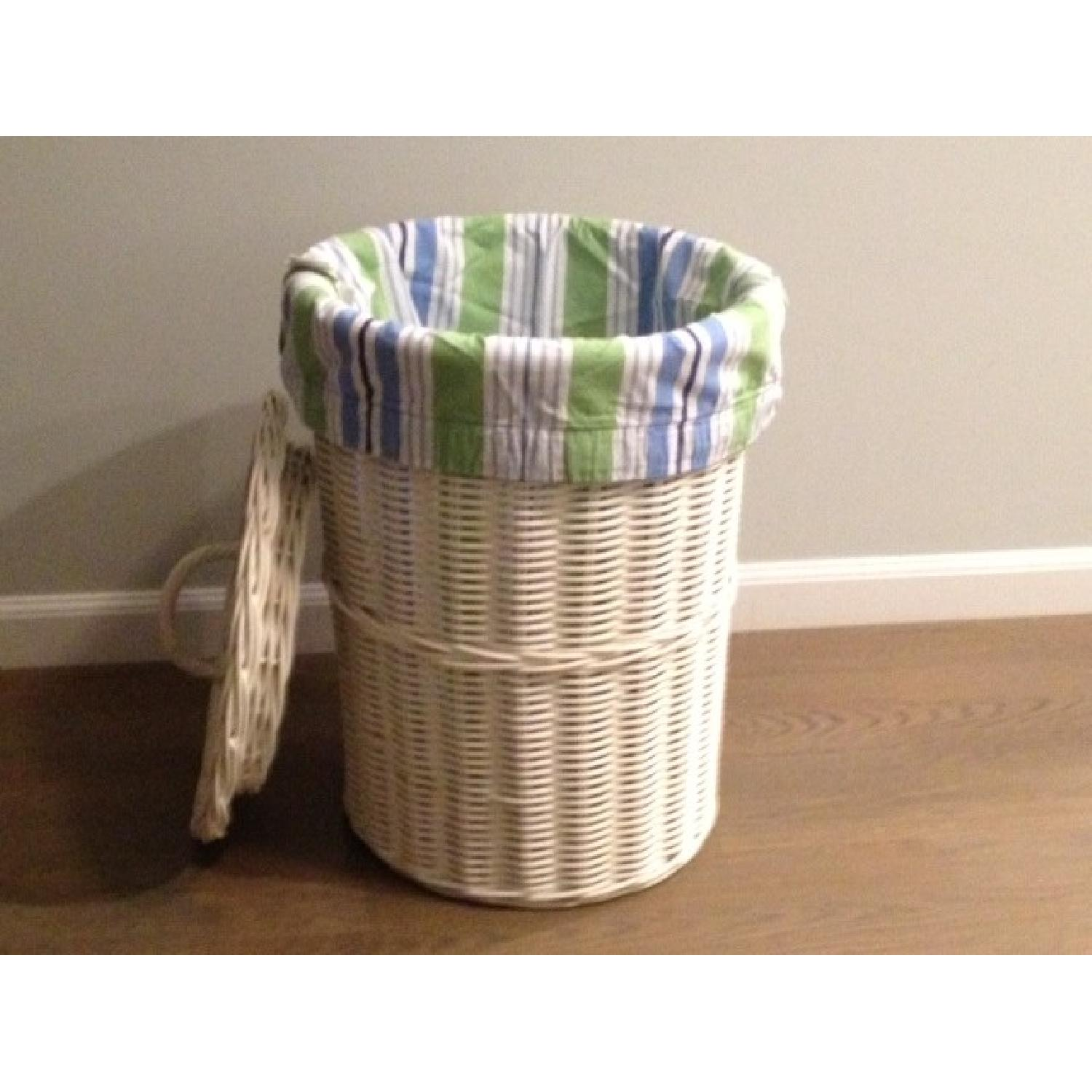 Pottery Barn Sabrina Hamper with Inserts - image-2