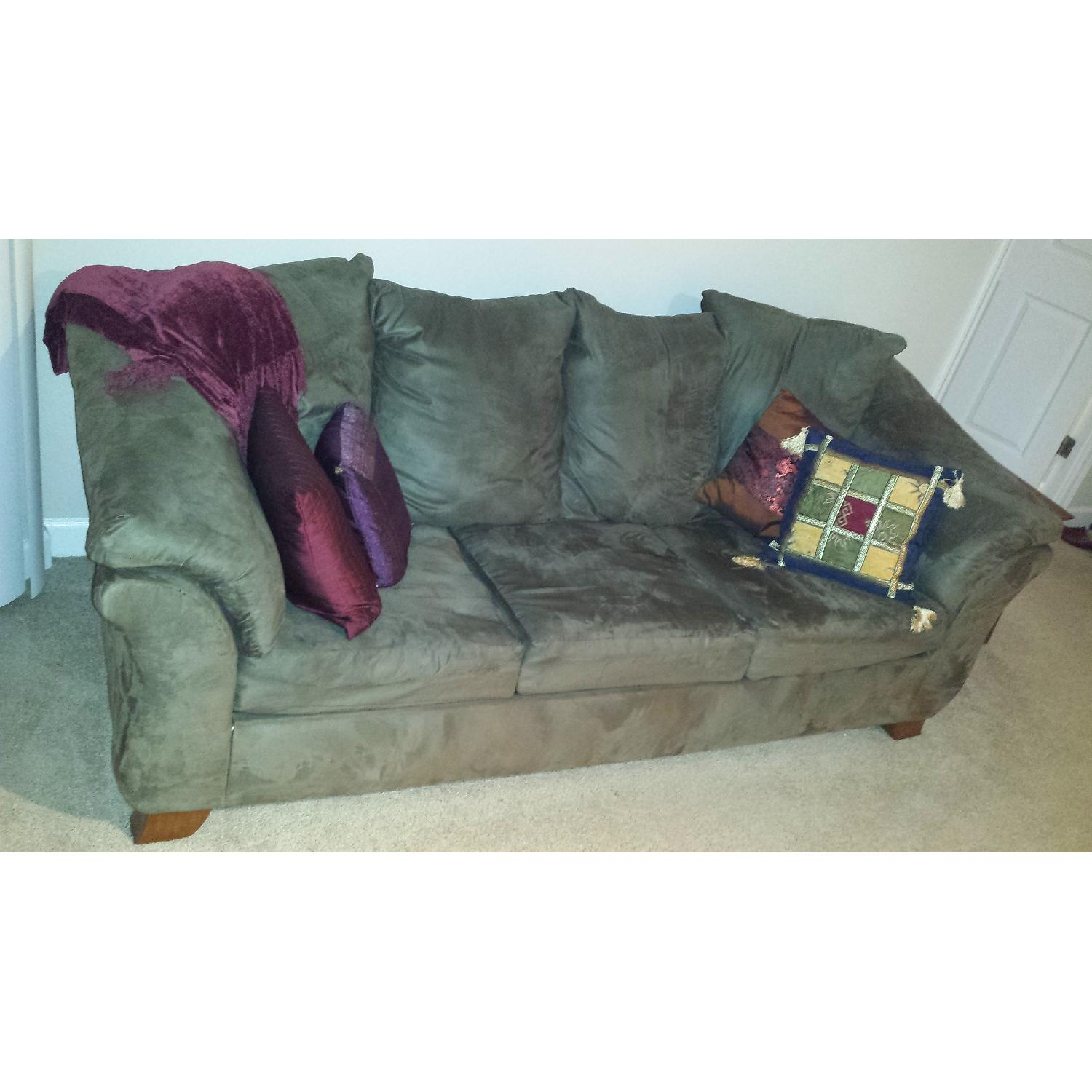 Ashley's Darcy Full Size Sleeper Sofa - image-1