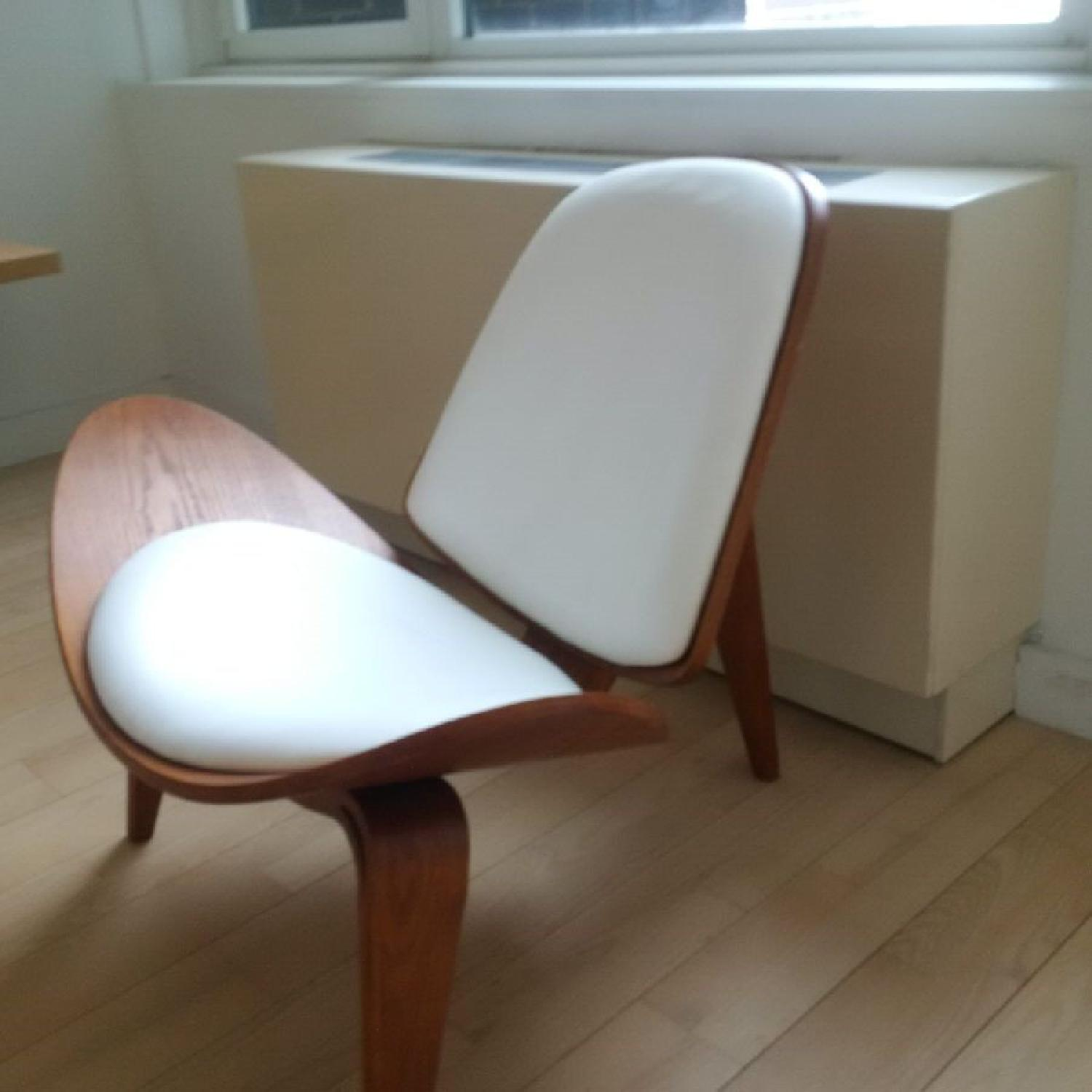 Shell Chair Replica - image-1