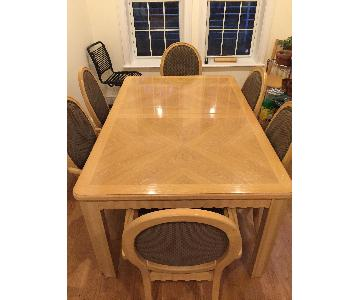 Thomasville Dining Table w/ 6 Chairs