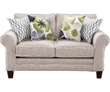 Rooms to Go Lilith Pond Taupe Loveseat