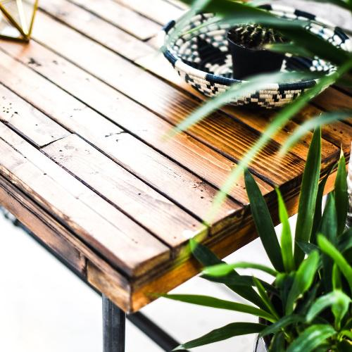 Creative X Soul East Iron Rustic Table