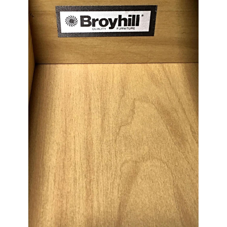 Broyhill Pine Wood Bookcase - image-5