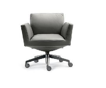 Poltrona Frau Chancellor Visitor Chair
