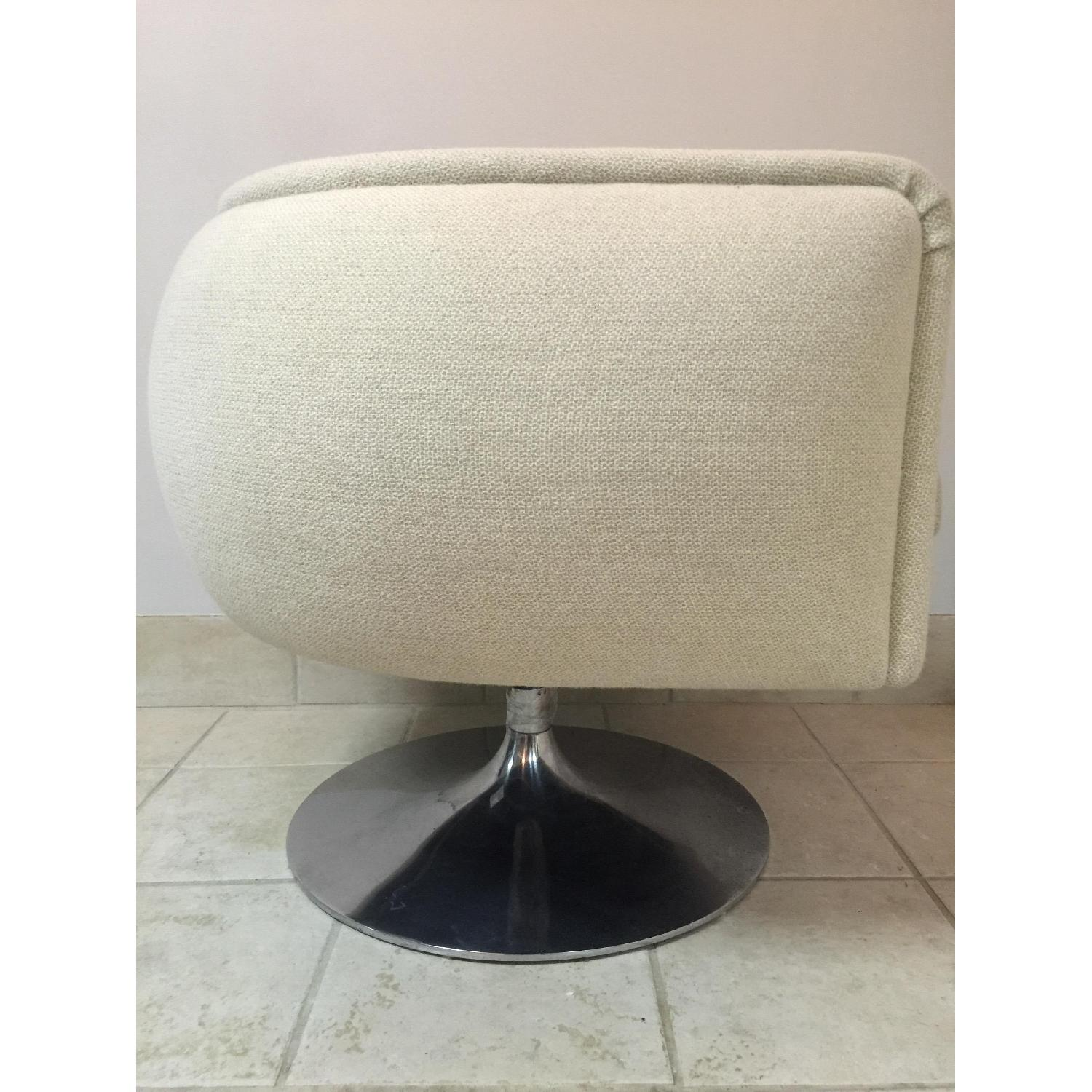 Knoll D'Urso Swivel Lounge Chair - 2 Available - image-2