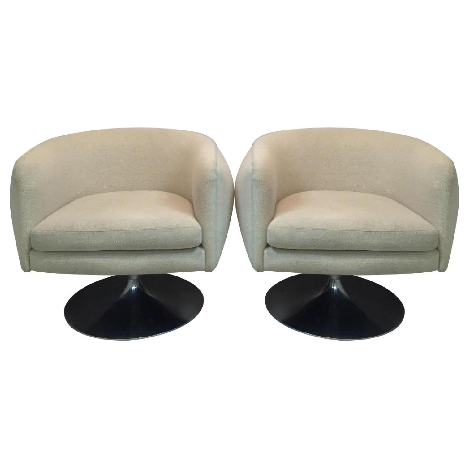 Knoll D'Urso Swivel Lounge Chair - 2 Available - image-0
