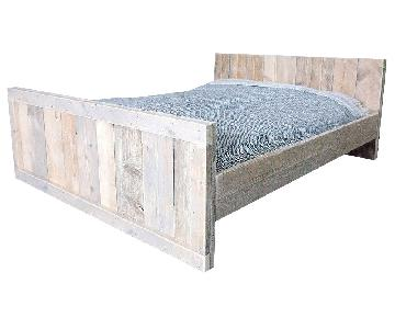 Maine Aged Pinewood Queen Size Bed