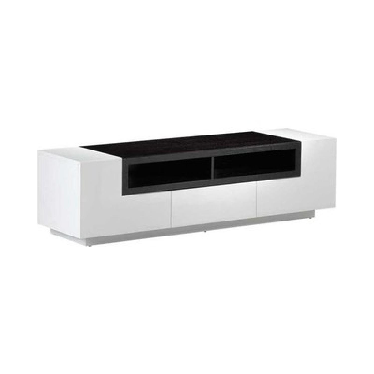 Contemporary TV Stand in White High Gloss Finish.