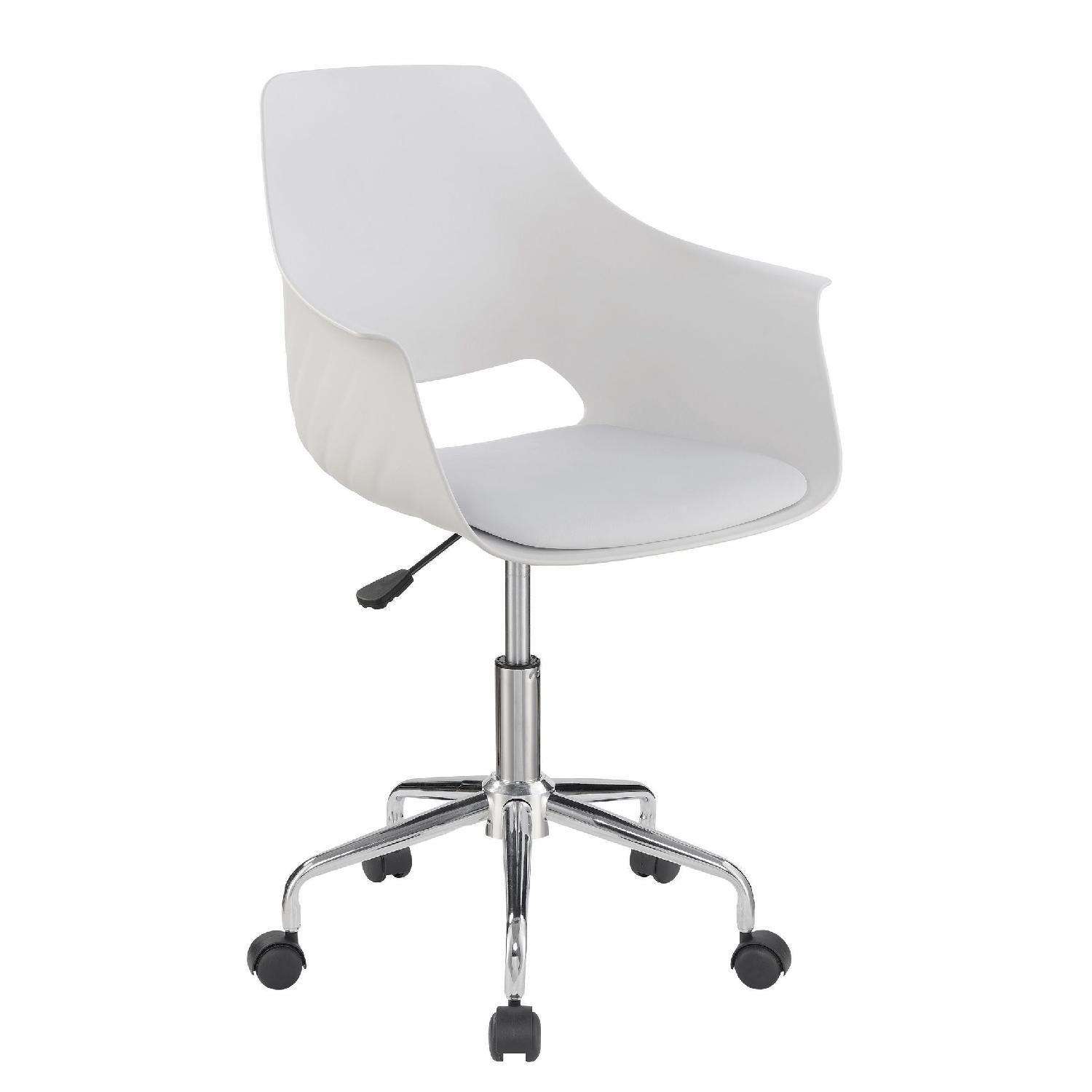 Modern Office Chair in White Leatherette w/ Back & Armrests