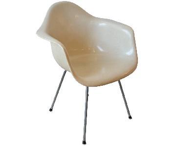 Herman Miller Original 1950s Mid Century Fiberglass Chair