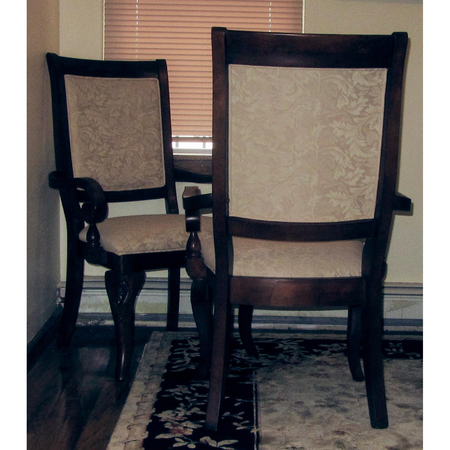 Raymour And Flanigan Dining Chairs: Raymour & Flanigan Mahogany Dining Table W/ 6 Chairs