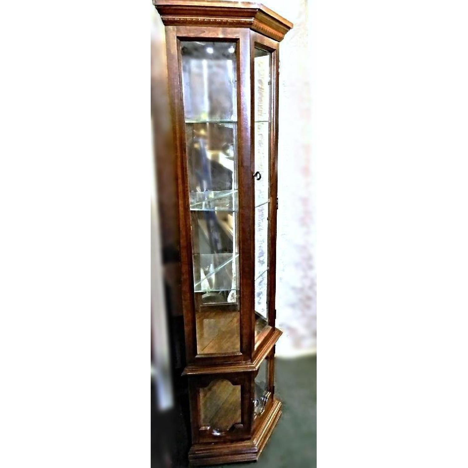 Pulaski Vintage 3 Sided Narrow Curio Display Cabinet Aptdeco