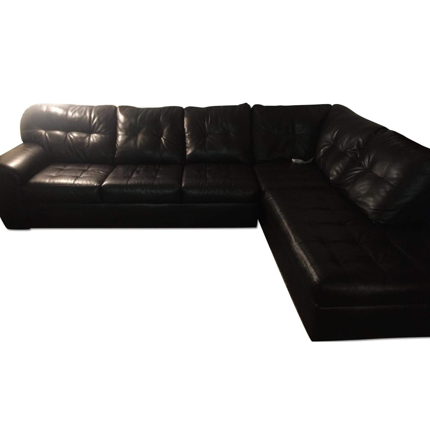 Simmons Manhattan Laf Sectional w/ Left Arm Facing Chaise ...