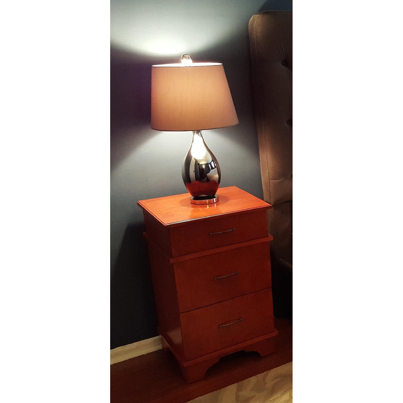 Ny lighting mirrored table lamp aptdeco ny lighting mirrored table lamp 1 geotapseo Images