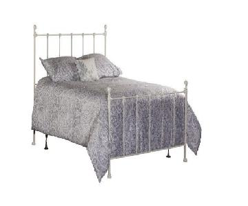 Hillsdale Molly Twin Bed in White