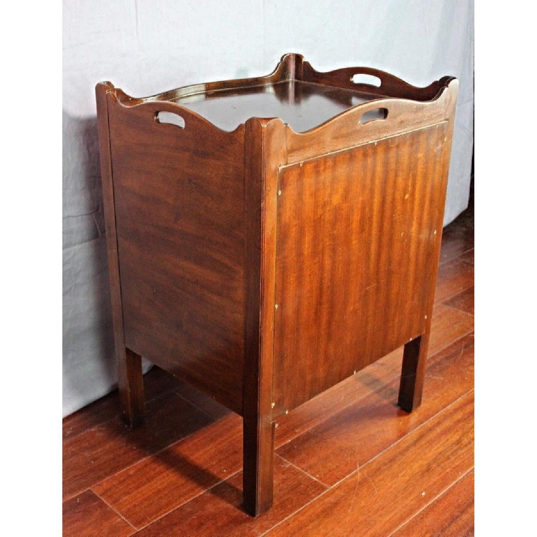 Henredon Natchez Mahogany Side Table/Nightstand - image-5