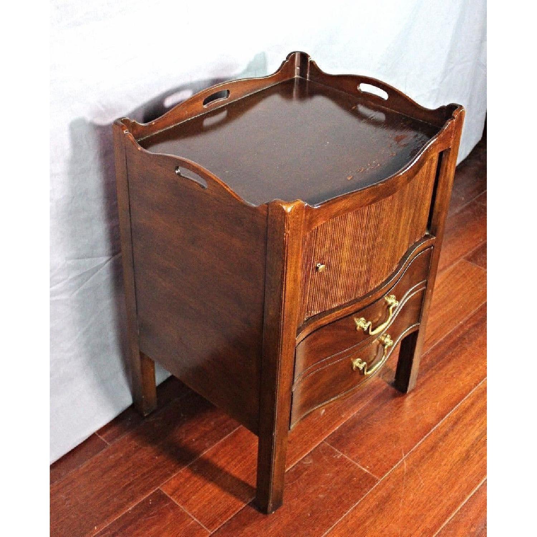 Henredon Natchez Mahogany Side Table/Nightstand - image-8