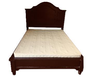 Bassett Queen Dark Wood Bed w/ Headboard