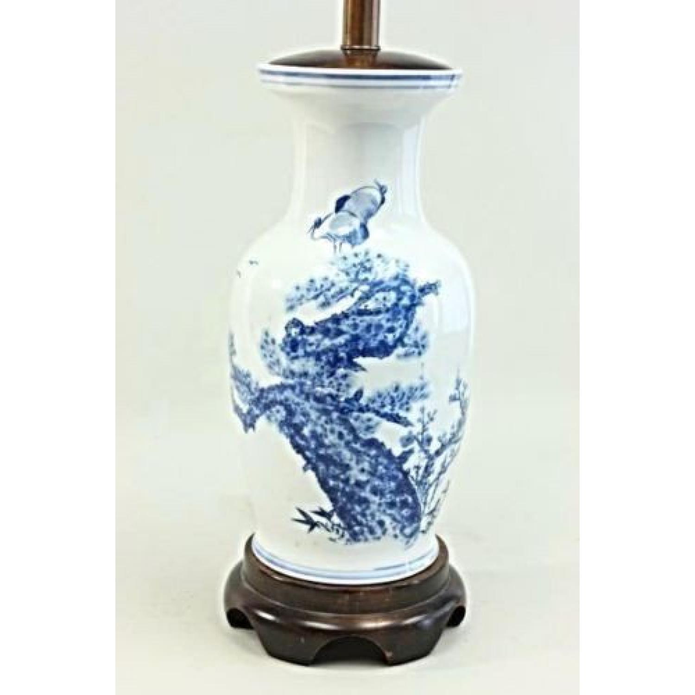 Chinese porcelain blue white vase table lamp aptdeco chinese porcelain blue white vase table lamp mozeypictures Images