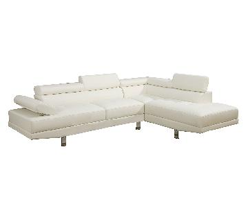 Poundex Modern Faux Leather Sectional Sofa w/ Right Chaise