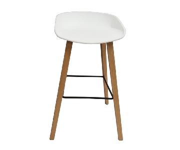 Retro Style Bar Chair w/ White PP Shell & Beechwood Legs