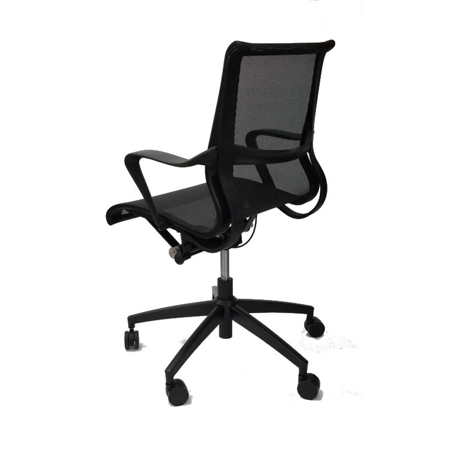 Modern Office Chair w/ Armrests & Black Mesh Fabric - image-4
